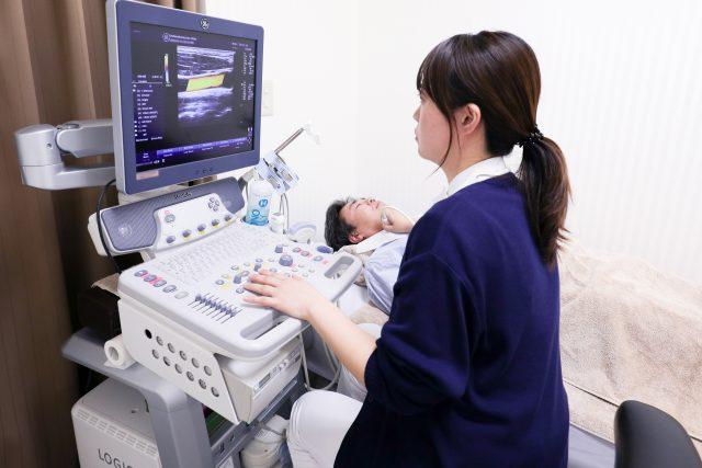 血管の硬さ・血管年齢(動脈硬化)をはかる血圧脈波検査
